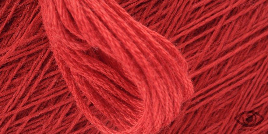Оберег красная нить: на каком запястье носить и как правильно сделать?