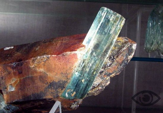 berill-kamen-svojstva-kristall