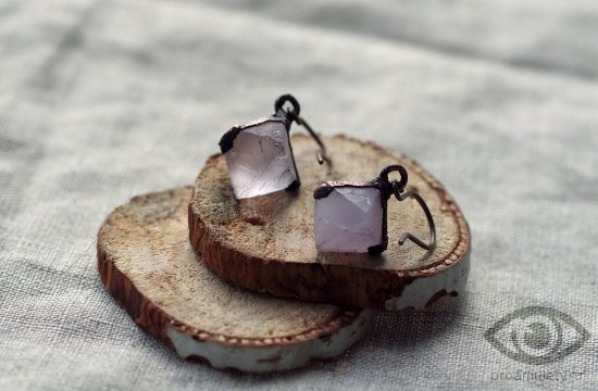 fljuorit-kamen-lechebnye-svojstva-sergi