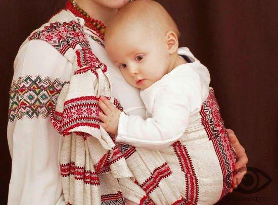 kak-sdelat-obereg-dlya-rebenka-vyshivka-odezhda