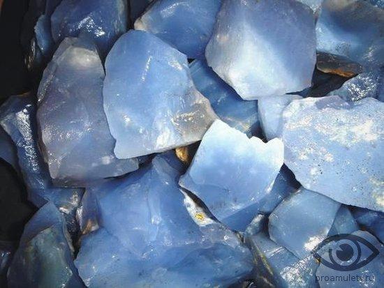halcedon-kamen-magicheskie-svojstva-znak-zodiaka-7