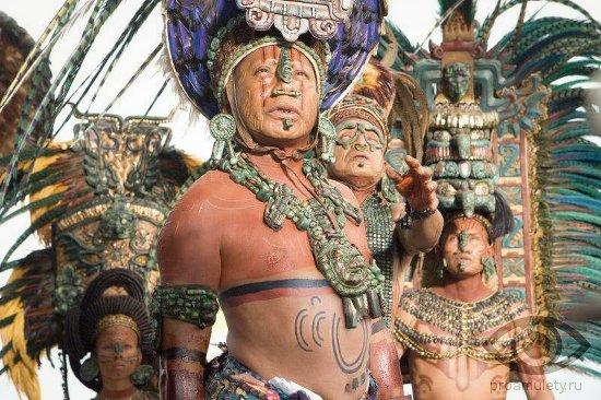 nefrit-kamen-svojstva-acteki-indejcy