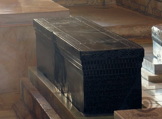 nefrit-kamen-svojstva-grobnica-tamerlana-samarkand-uzbekistan