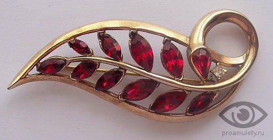 rubin-kamen-svojstva-zolotaja-broshka