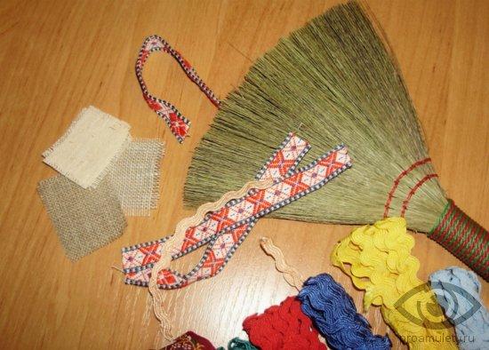 venik-obereg-svoimi-rukami-leny-nitki-naturalnye-materialy