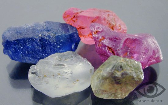 kvarc-kamen-svojstva-vidy-raznovidnosti