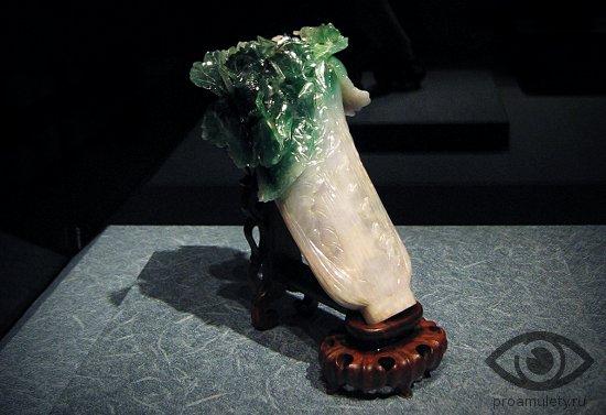 zhadeit-kamen-svojstva-statujetka-ritual-magija