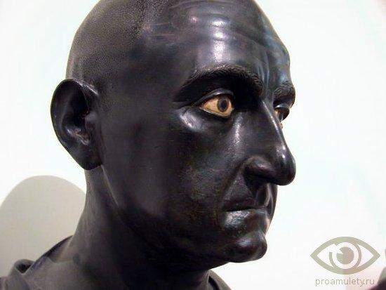 sardoniks-kamen-svojstva-publij-kornelij-scipion-afrikanskij-statuja
