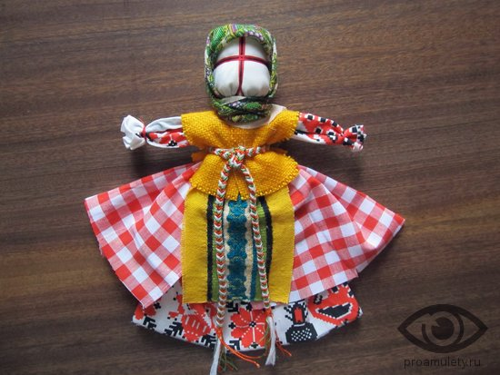 kukla-obereg-zhelannica-narjady-odezhda-master-klass-svoimi-rukami