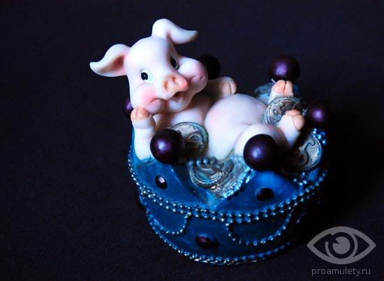 svinja-kopilka-statujetka