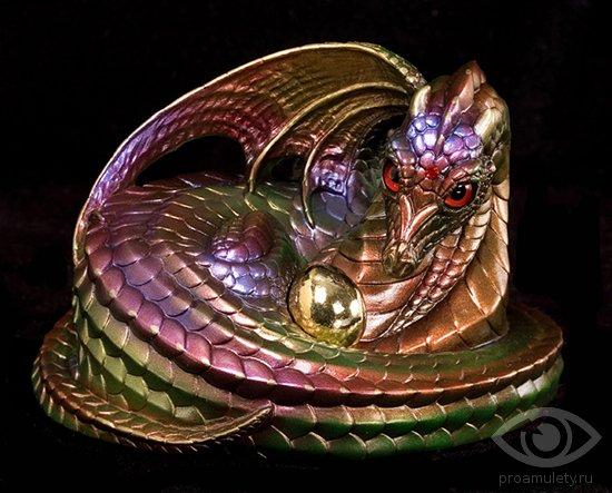 statujetka-drakona-s-jajcami