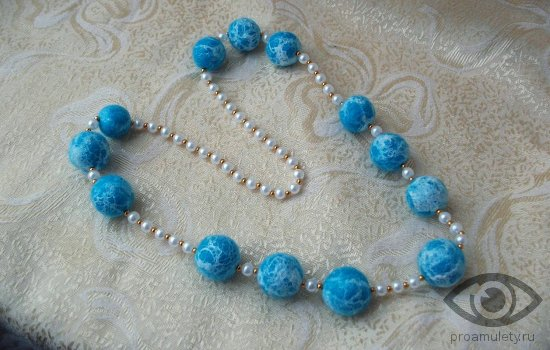 birjuza-talisman-dlja-budushhej-mamy-znak-zodiaka-vesy