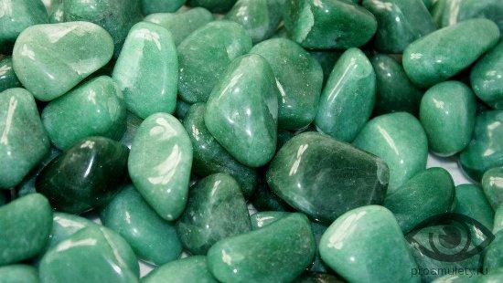 zeljonyj-avantjurin-kamen-svojstva-znak-zodiaka