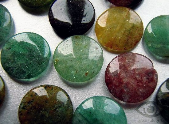 avantjurin-kamen-raznovidnosti-svojstva