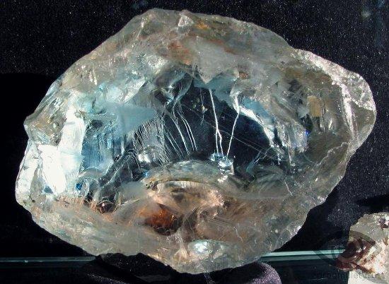 kamen-vernosti-svojstva