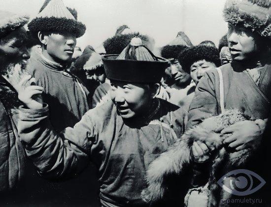 halcedon-kamen-svojstva-mongoly-chingishan-potomki