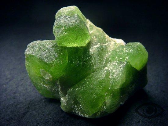 hrizolit-kamen-svojstva-prirodnyj-kristall