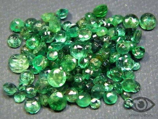 izumrud-kamen-svojstva-gidrotermalnyj-iskusstvennyj-poddelka