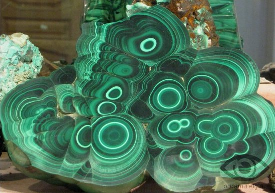 malahit-kamen-svojstva