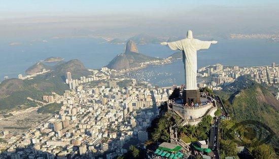 citrin-kamen-magicheskie-svojstva-brazilija-rio-de-zhanejro