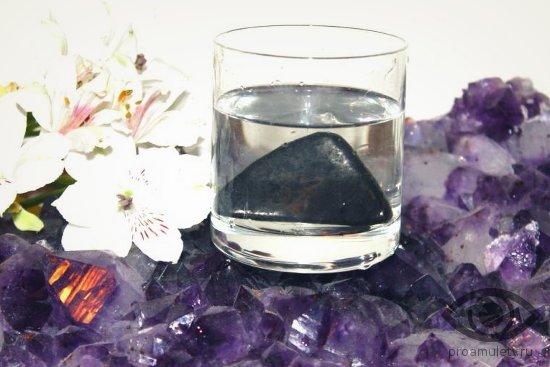 kvarc-kamen-lechebnye-svojstva-kvarcevaja-voda
