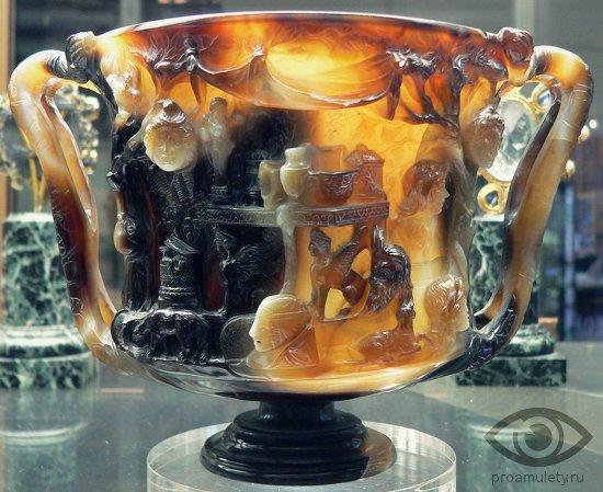 sardoniks-kamen-svojstva-kubok-ptolemeja-nacionalnaja-biblioteka-parizh