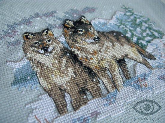 vyshivka-krestom-para-volkov-zima