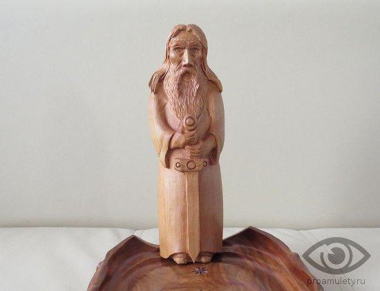 vyshen-bog-slavjan-statujetka-idol